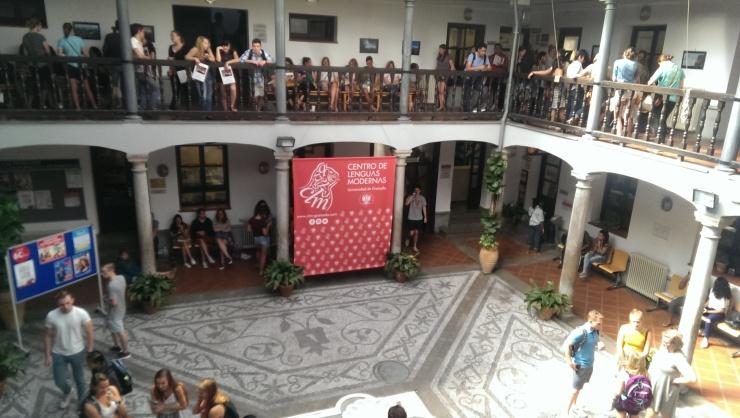 Centro de Lenguas Modernas.jpg